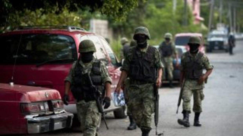 El Senado de México aprobó una enmienda que permite que militares sean j...