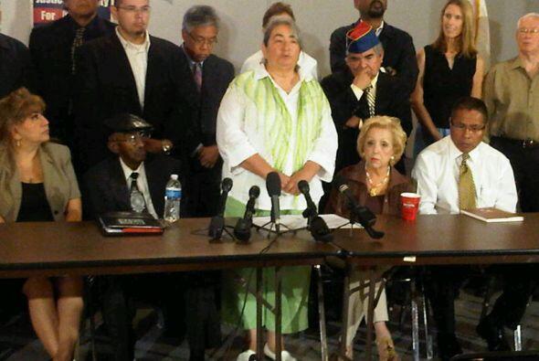 Acusaron a los legisladores de haber mentido a la población y haber trai...