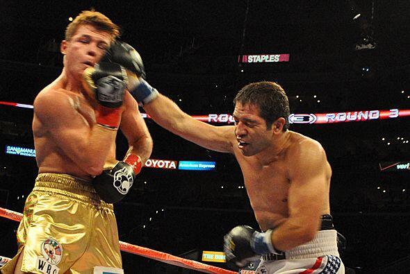 Los mejores golpes de Alfonso Gómez llegaron en este asalto.