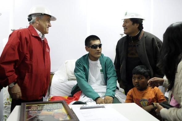 Después fue visitado por los presidentes de Chile, Sebastián Piñera y Bo...
