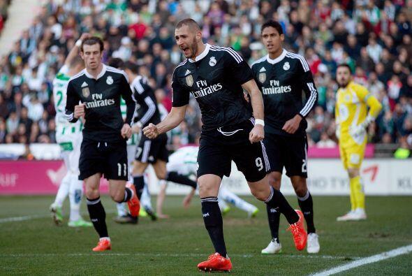 Entonces apareció Benzema para concretar el empate aprovechando un balón...