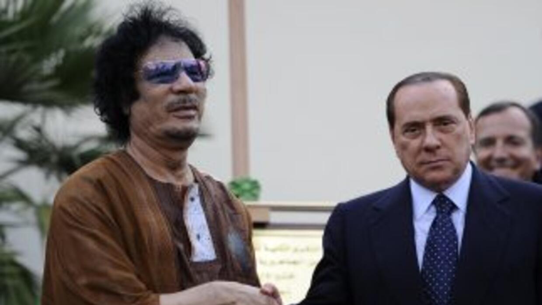 Berlusconi, cuya credibilidad internacional se tambaleaba, quería a toda...