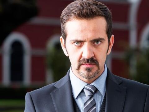 Flavio Medina buscará quedarse con el Premio TVyNovelas 2015 por...