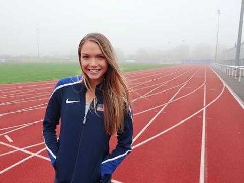 La hermosa Chari Hawkins es una atleta de los Estados Unidos que sue&nti...