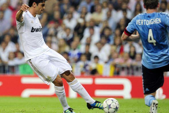 Poco antes del término del primer tiempo llegó el segundo gol 'merengue'.