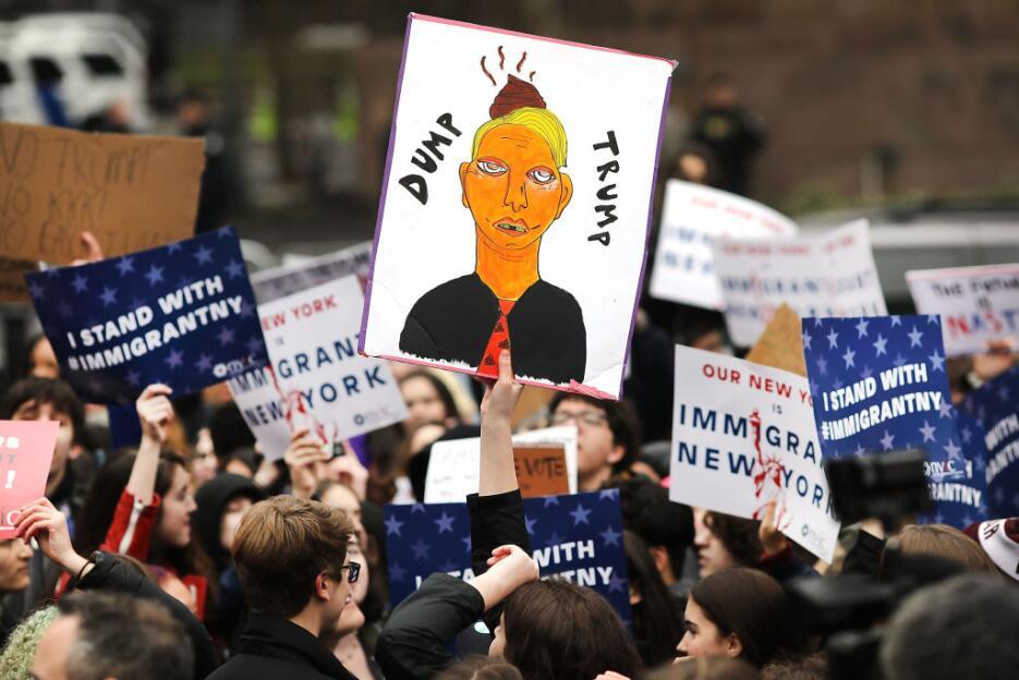 La manifestación ocurrió antes que un tribunal de apelaciones llevara a...