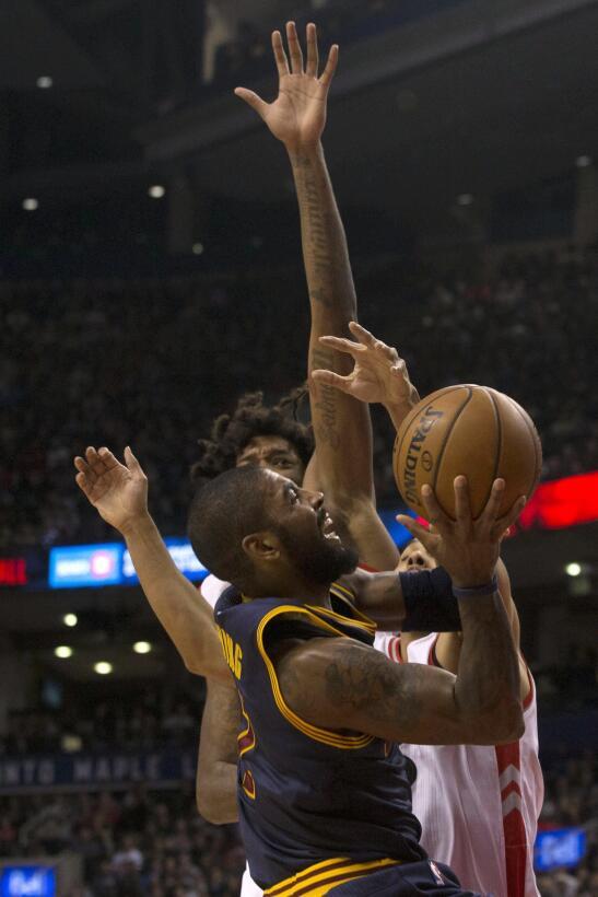 ¡Golpe de autoridad! Cavaliers vence a Raptors y se queda con liderato d...