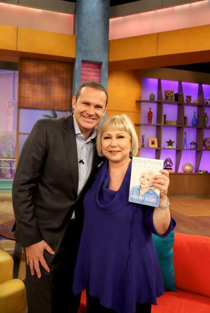 Alan también se tomó la foto del recuerdo pues Cristina es...