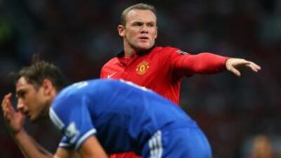 Rooney, envuelto en los rumores del interés de Chelsea por sus servicios...