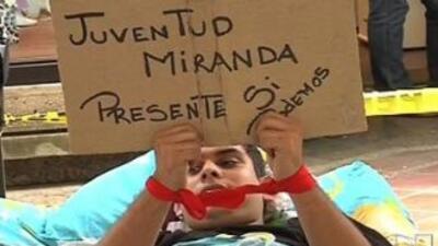Huelga de jóvenes logró movimientos en Venezuela 5b566cd37ab44ff8bb36b47...