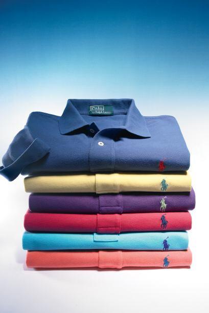 Y si prefiere algo más conservador, unas camisas de algodón estilo Polo...