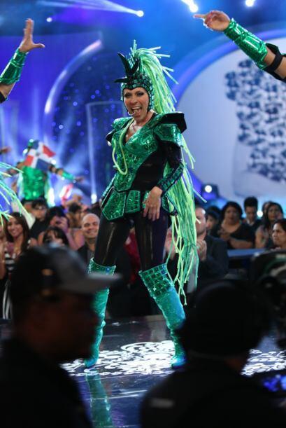 La veracruzana puso a todo al público a bailar con su tema musical.
