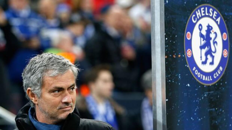 El técnico portugués negó que el Chelsea busque fichar a Lionel Messi.
