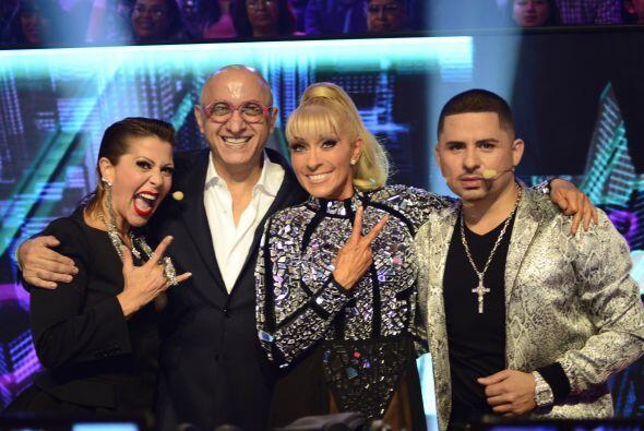 Nuestro jurado con el presidente de programación de Univision, Alberto C...