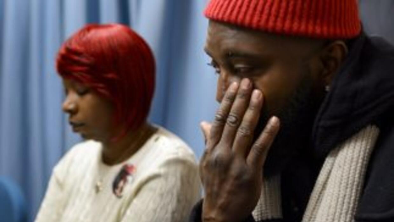 Los padres de Brown ofrecieron una conferencia de prensa el miércoles 12...