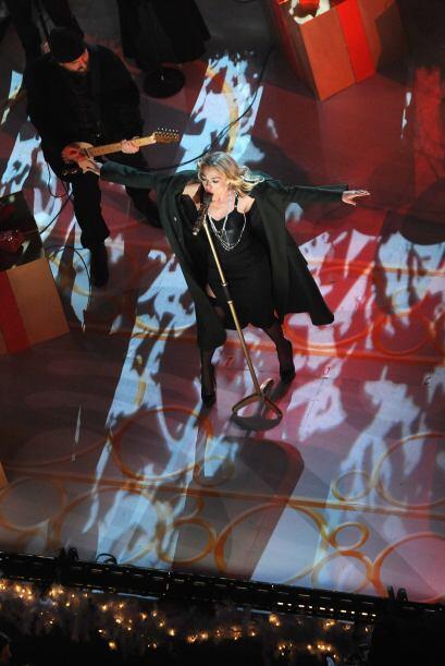 La cantante Lee Ann Rimes también le puso su encanto a la noche.