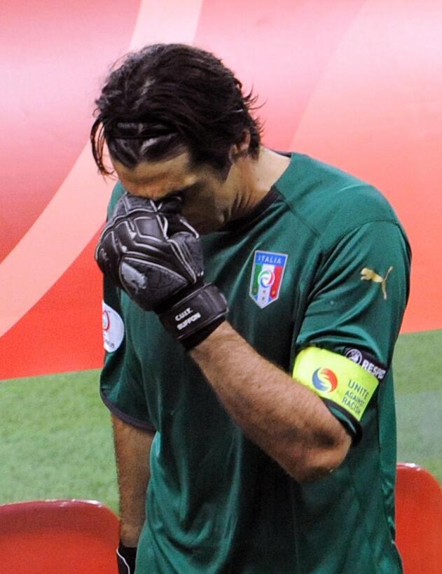 Rostros de Buffon, el portero de los 1.000 partidos como profesional Get...