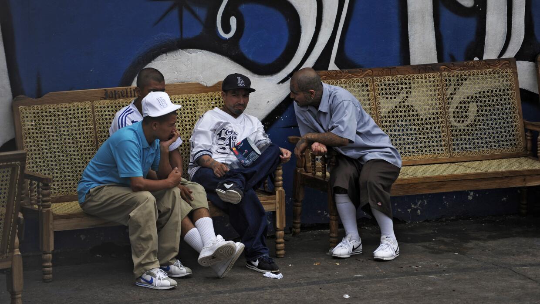 En esta foto tomada en la prisión de Ciudad Barrios, a 160 km al este de...
