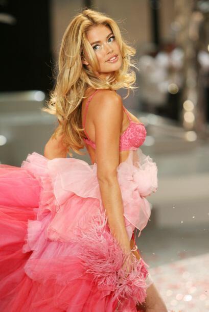 Durante los desfiles de Victoria's Secret, siempre la vimos usando prend...