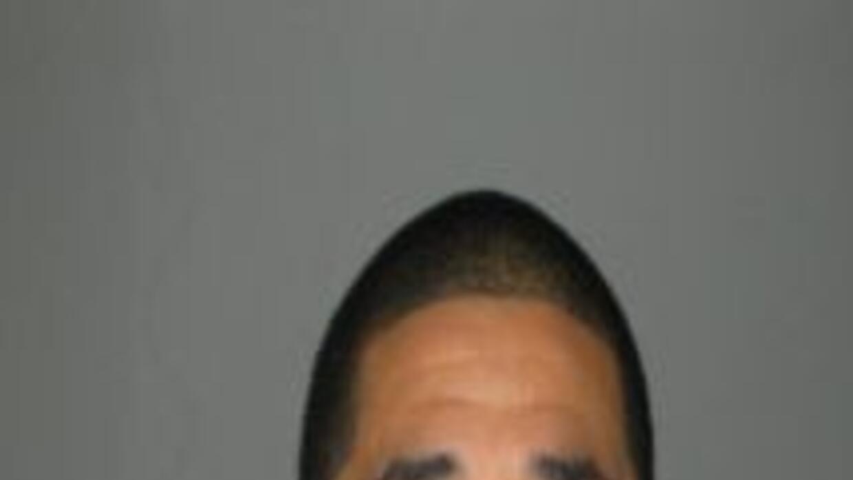 Raul Martínez de 24 años y residente de Berwyn enfrenta cargos de acoso...