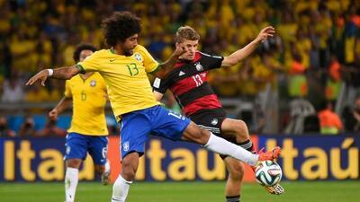 El brasileño dijo que amenzaó al alemán por burlarse de la goleada.