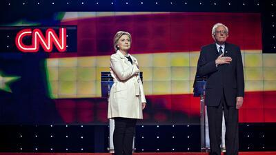 Sanders Clinton en el debate demócrata de Brooklyn, Nueva York  GettyIma...