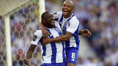 Con 'Tecatito' y Herrera: Porto se estrena en la Liga lusa goleando al Estoril