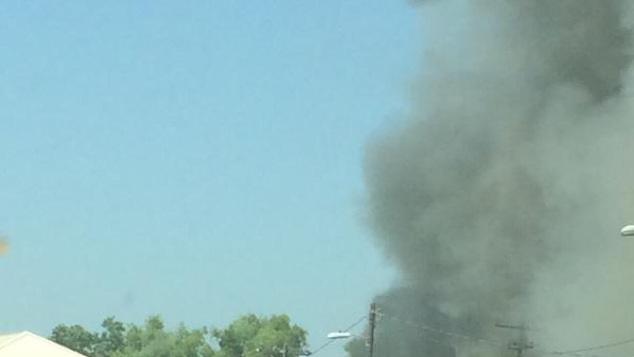 Se registra incendio cerca de la I-35