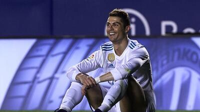 Levante se crece y acentúa la crisis del Real Madrid