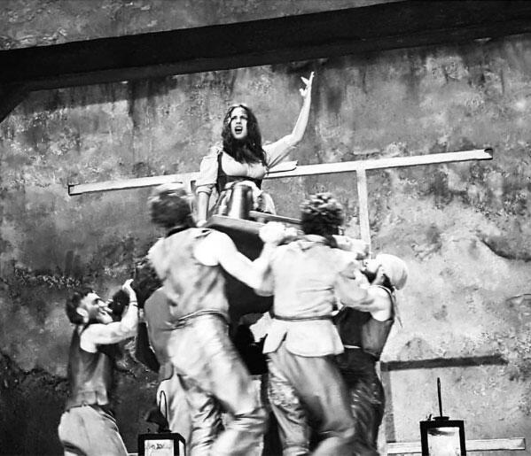 Ana Brenda Contreras en El hombre de la Mancha