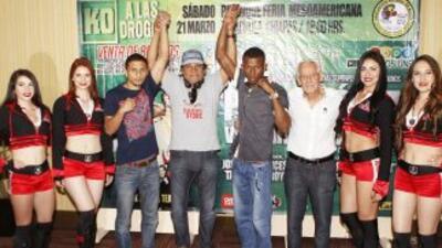 Emanuel López y Carlos Padilla por 'Solo Boxeo' (Foto: Zanfer).