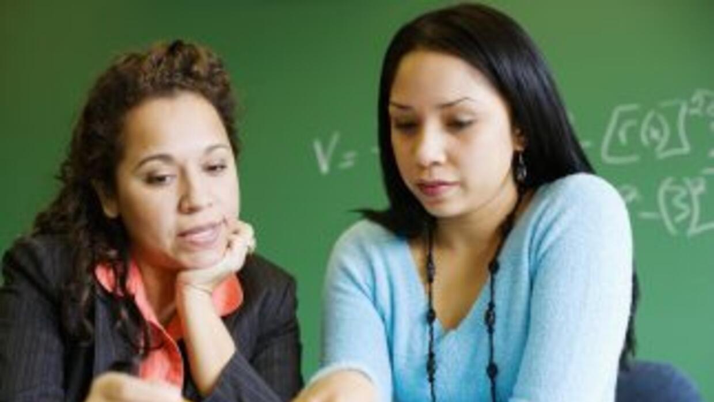 La mitad de la población estudiantil en las escuelas públicas actualment...