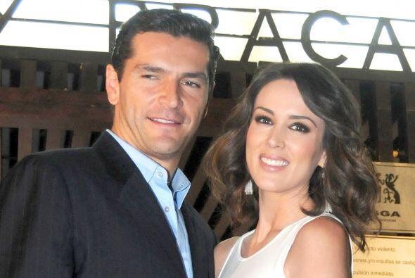 Después de que se casó con el piloto de carreras Martín Fuentes, Jacky d...
