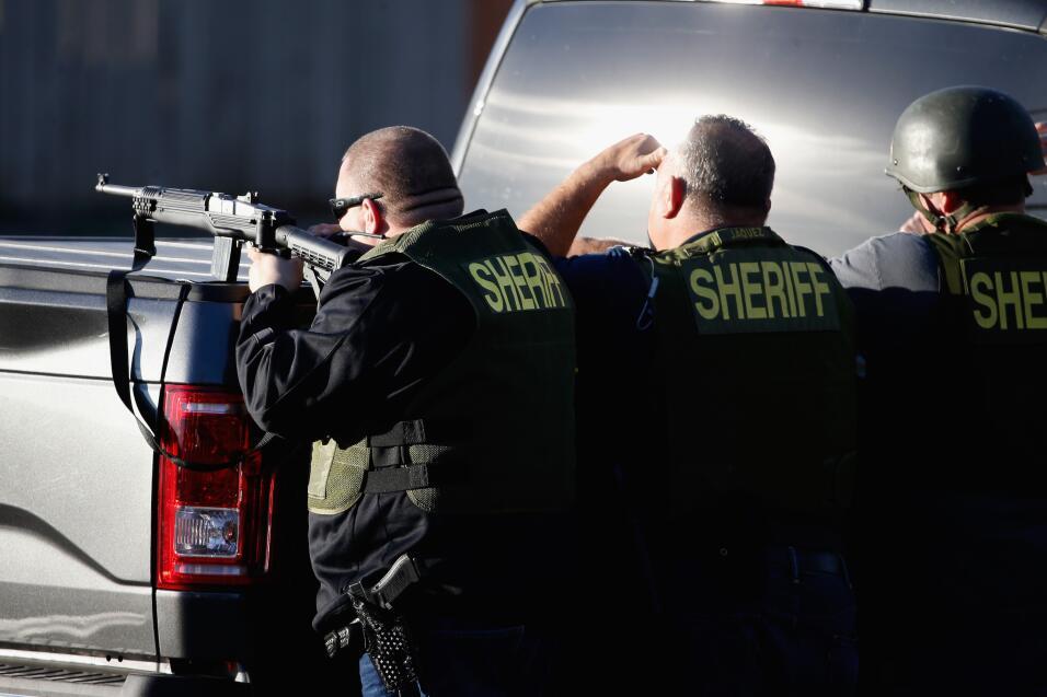 Hispanos consternados por tiroteo en California  sanbernardino12.jpg