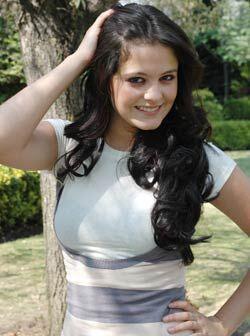 Allisson Lozz joven actriz y cantante mexicana quien protagonizó a Milag...