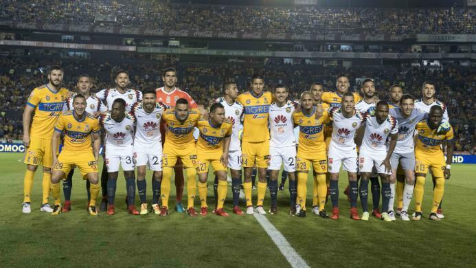 Tigres vs. América - Los equipos de la Liga MX y Ascenso MX posaron para...