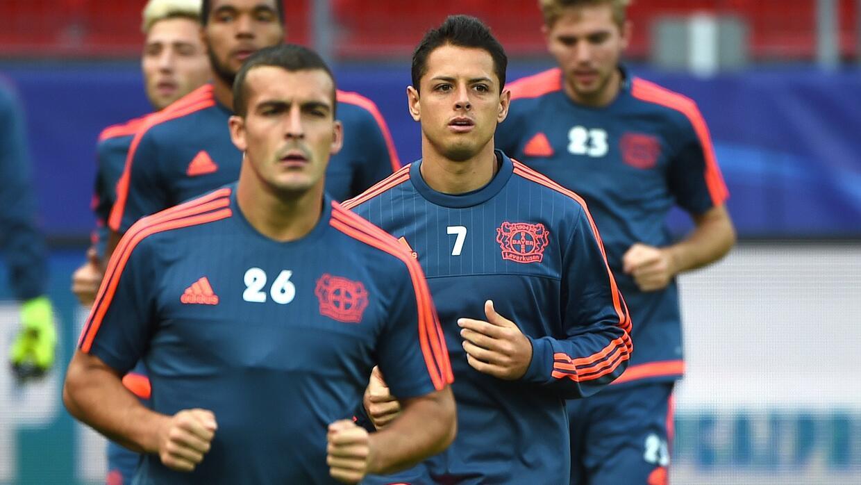 Javier Hernández podría tener minutos ante el Borussia Dortmund.