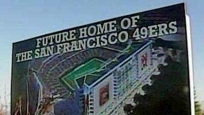 Un letrero en Santa Clara muestra el sitio propuesto para el nuevo estad...