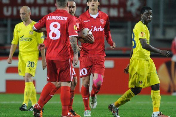 Pero Emir Bajrami le dio cierta esperanza a los holandeses con un gol.