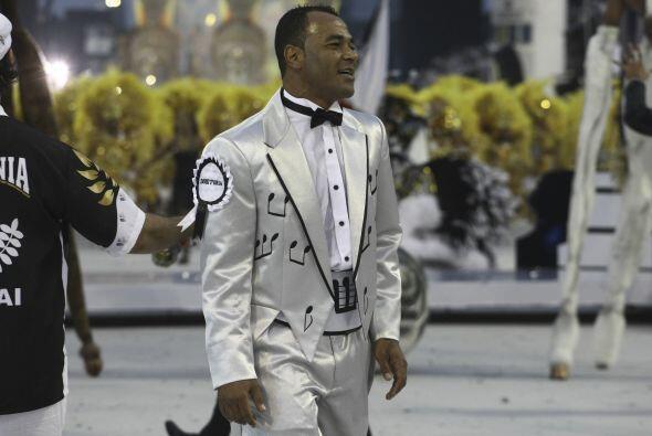 Cafú se fue vestido como para dejar en claro que el carnaval para...