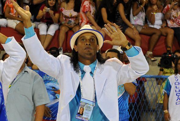 Ronaldinho hizo gala de su otra pasión, el baile, y por supuesto...