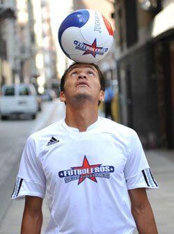 Los 'Futboleros' están a la cabeza en todas las competencias de fútbol c...