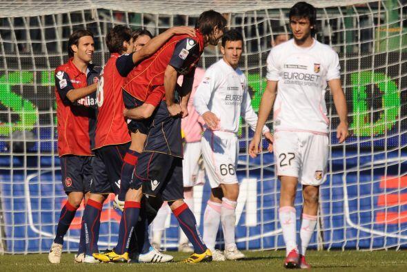 Cagliari venció a la visita por 3-1.