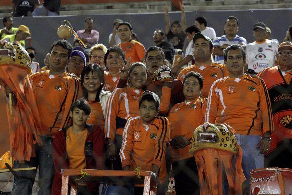 El Jaguares no la tiene fácil en el torneo pero su gente es incondiciona...