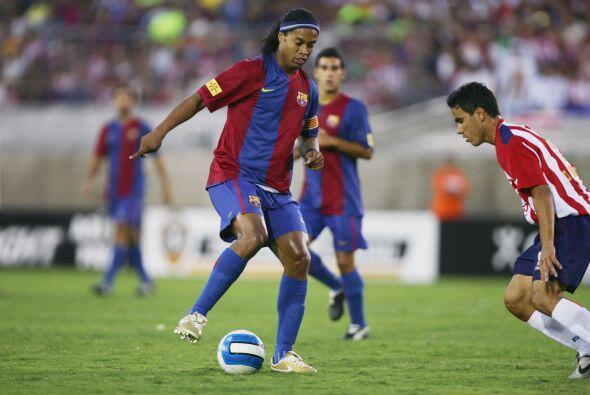El tercer cotejo ante el Guadalajara se daría cuando Ronaldinho y...