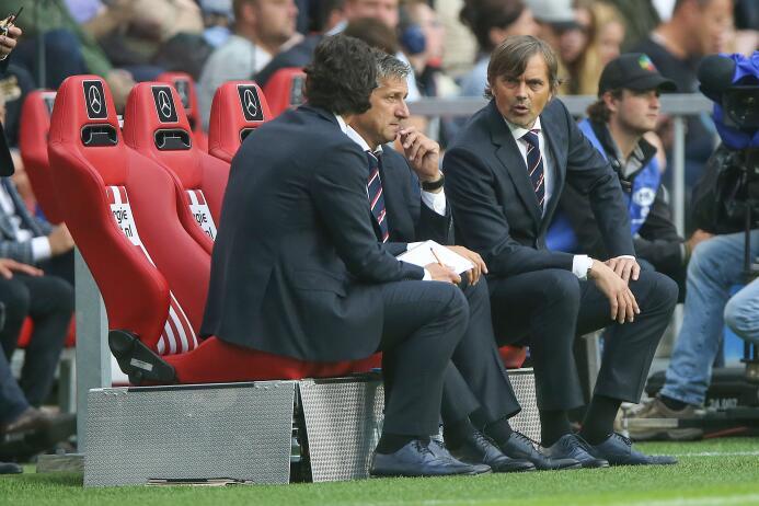 'Chucky' Lozano emocionó a Maradona con su primer gol con el PSV en la E...