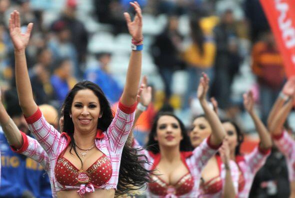 Vota por las porristas del Tigres-América