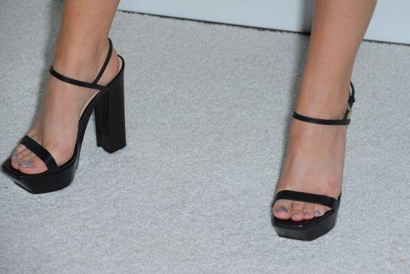 Las uñas de los pies también tienen que estar perfectas pa...
