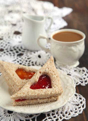 Estos emparedados son el perfecto compañero de una taza de café o de cho...