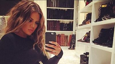 Khloé Kardashian impactó las redes sociales con la diminuta cintura que...